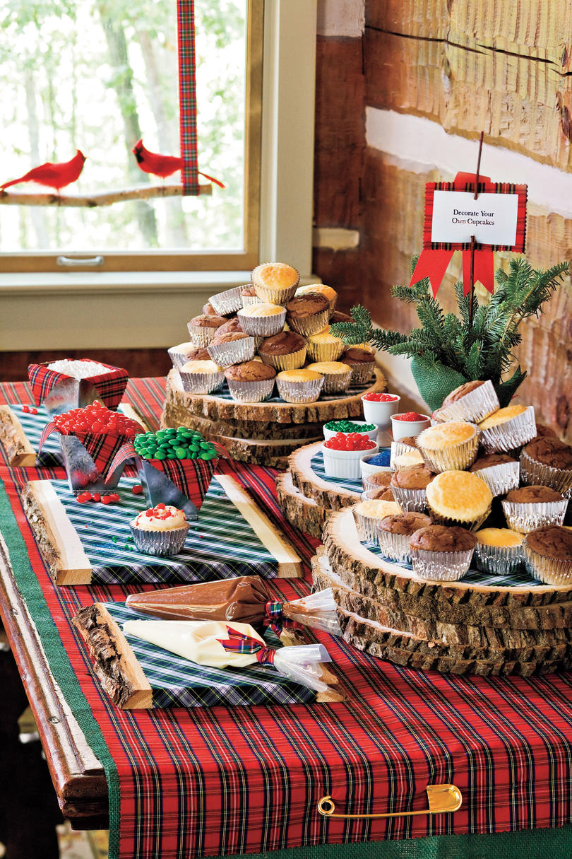 Christmas Decorating Ideas: Decorate Own Cupcakes