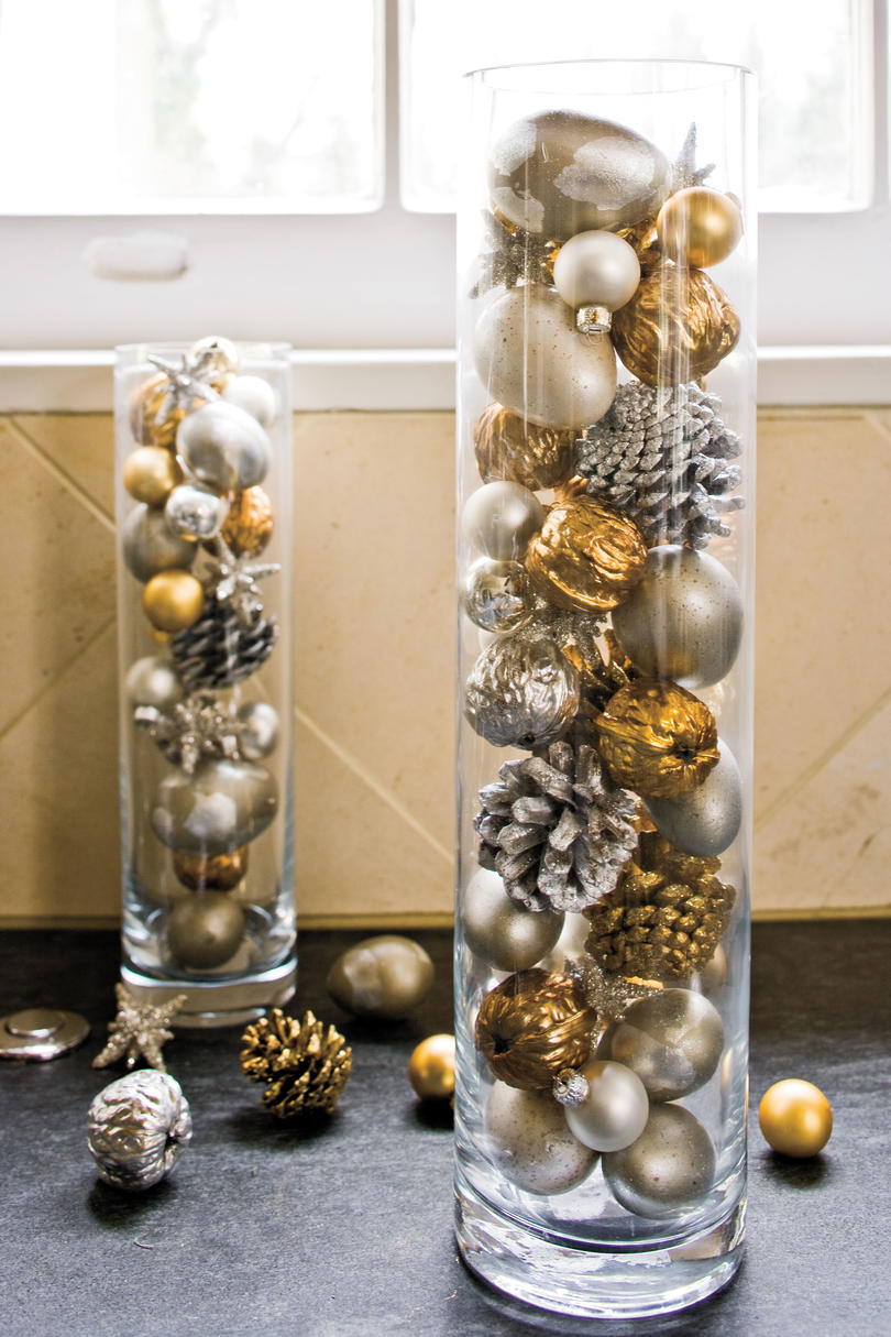 Christmas Decorating Ideas Ornaments in Cylinders 100