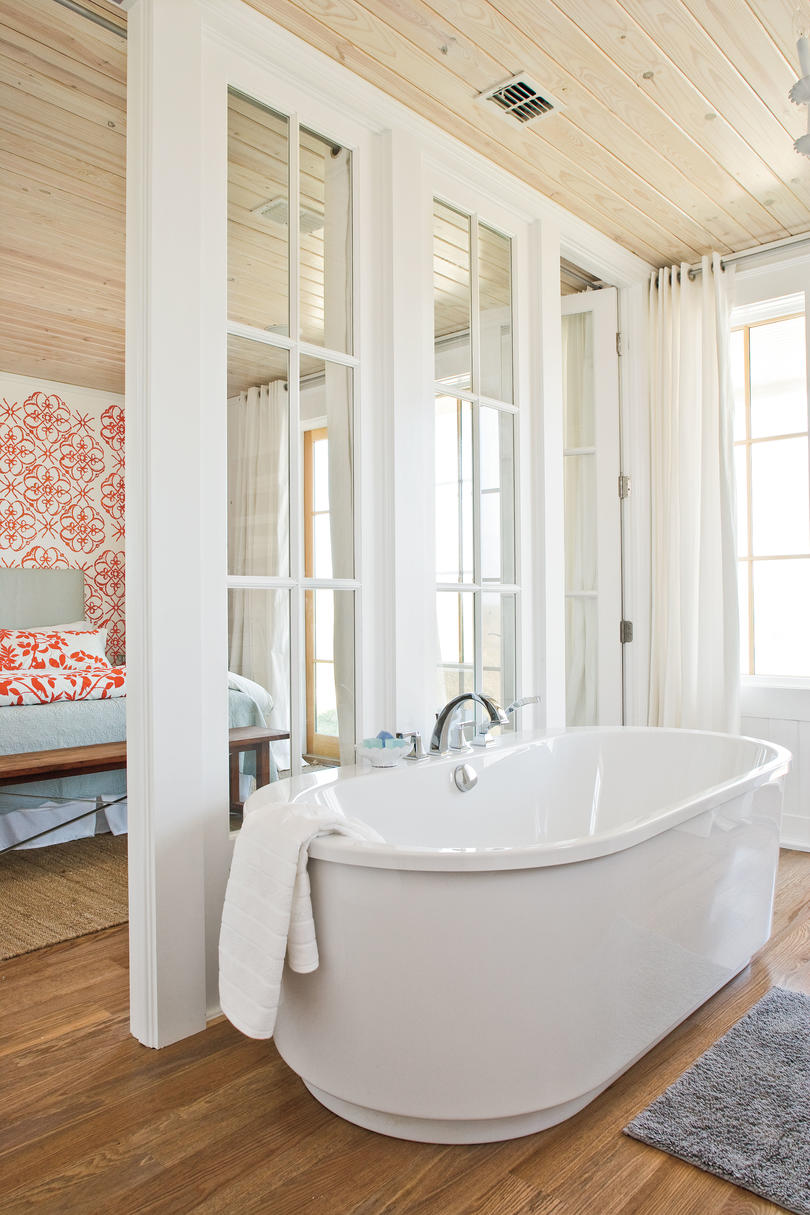 7 beach inspired bathroom decorating ideas southern living for Large master bathroom