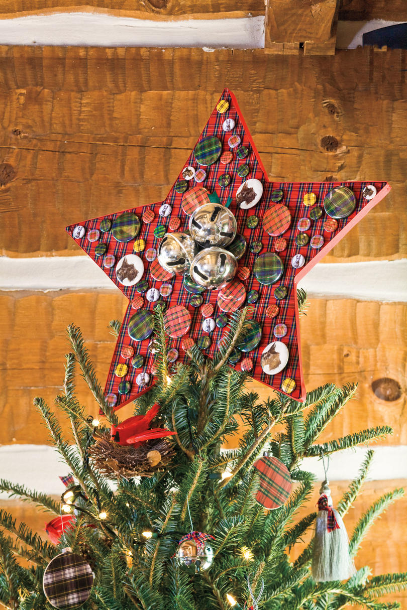 Christmas Decorating Ideas: Tartan Tree Topper