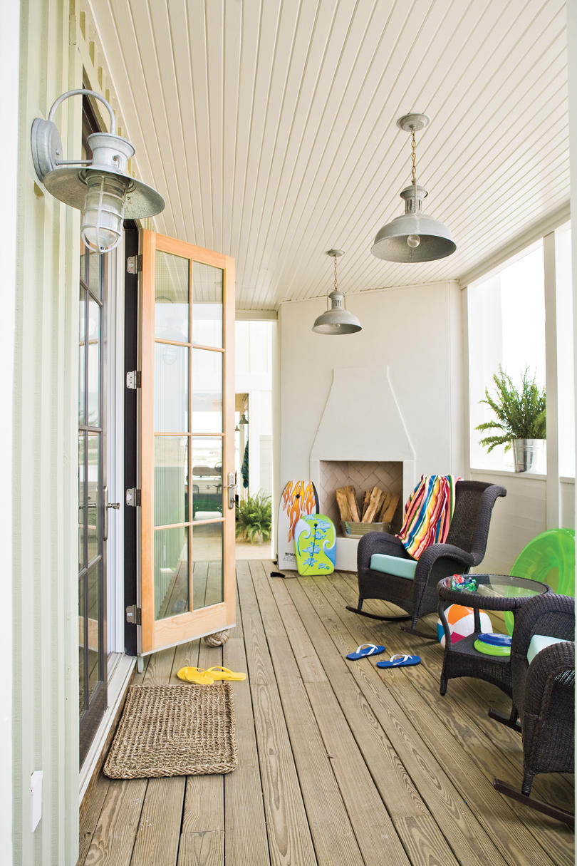 Beach Decorating Ideas: Outdoor Spaces - Southern Living