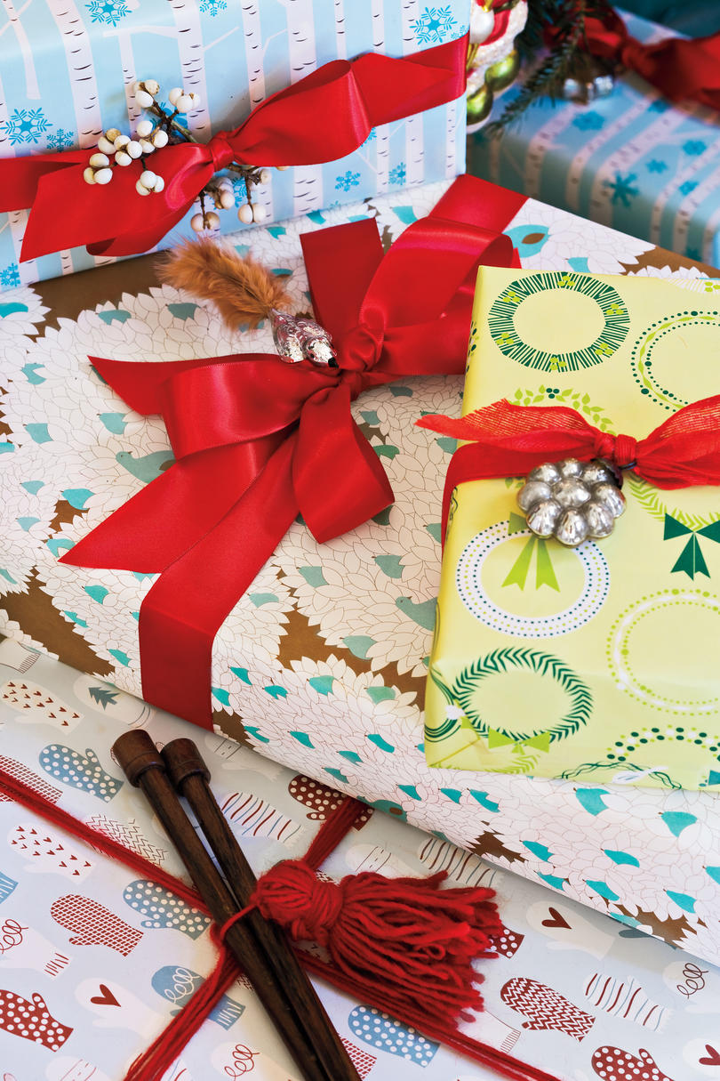Christmas Decorating Ideas: Gifts