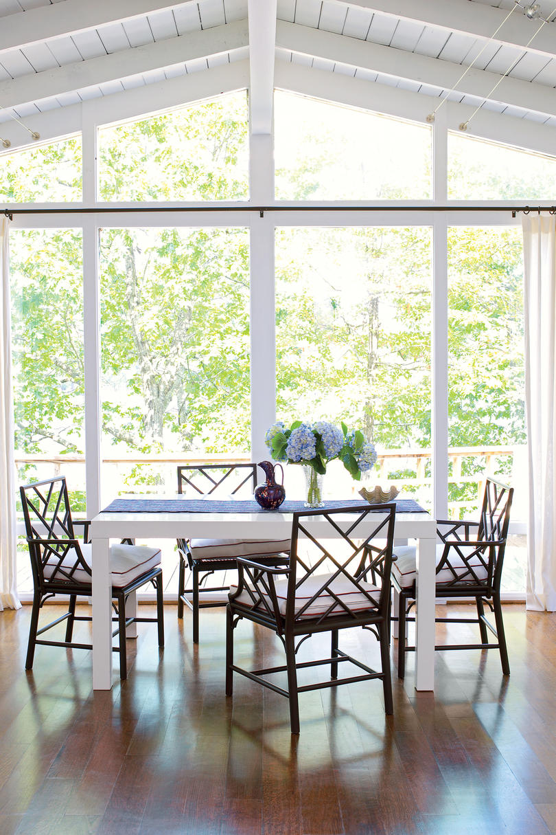 After: Summer Rancher Dining Room