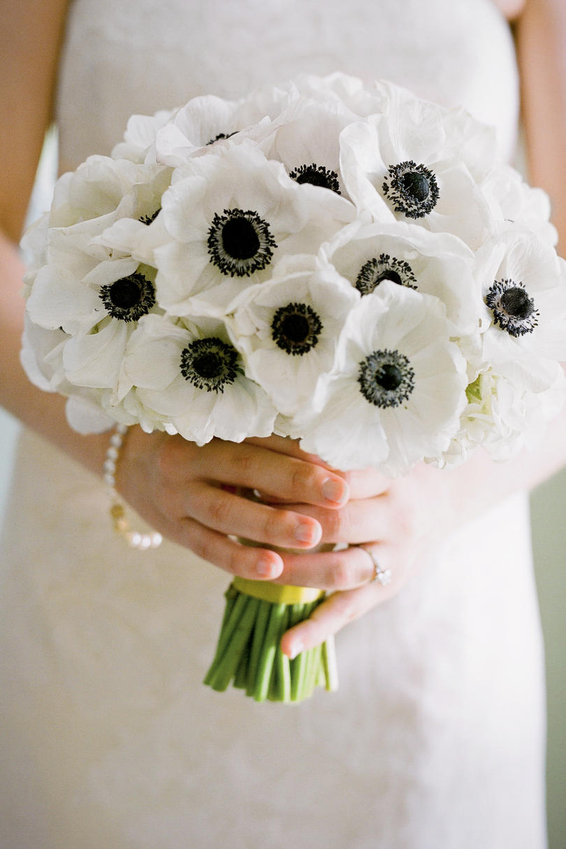 Wedding bouquet southern living white anemones bouquet izmirmasajfo