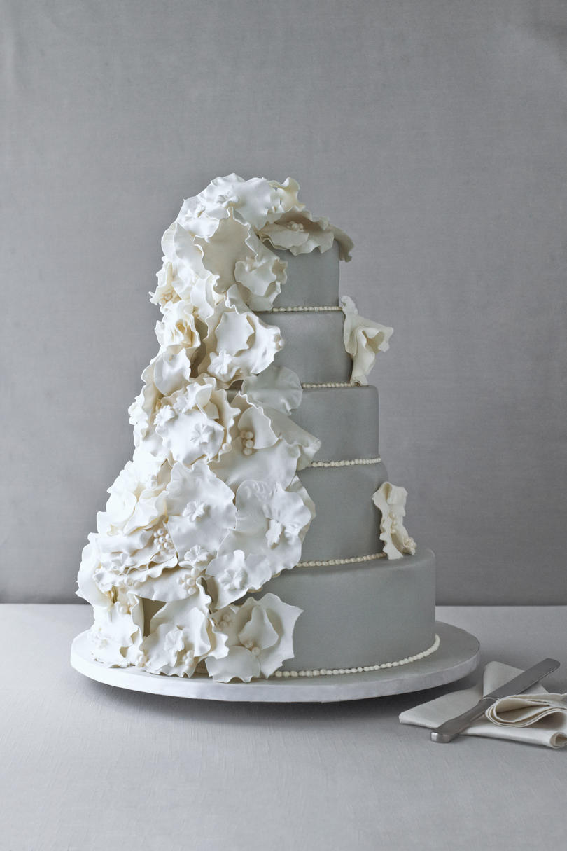 Pretty Platinum Wedding Cake