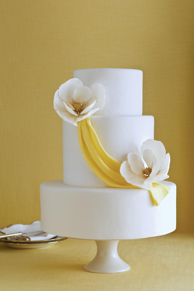 Sugar Magnolia Wedding Cake