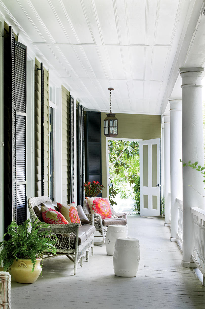 Porch and patio design inspiration southern living for 10 foot porch columns