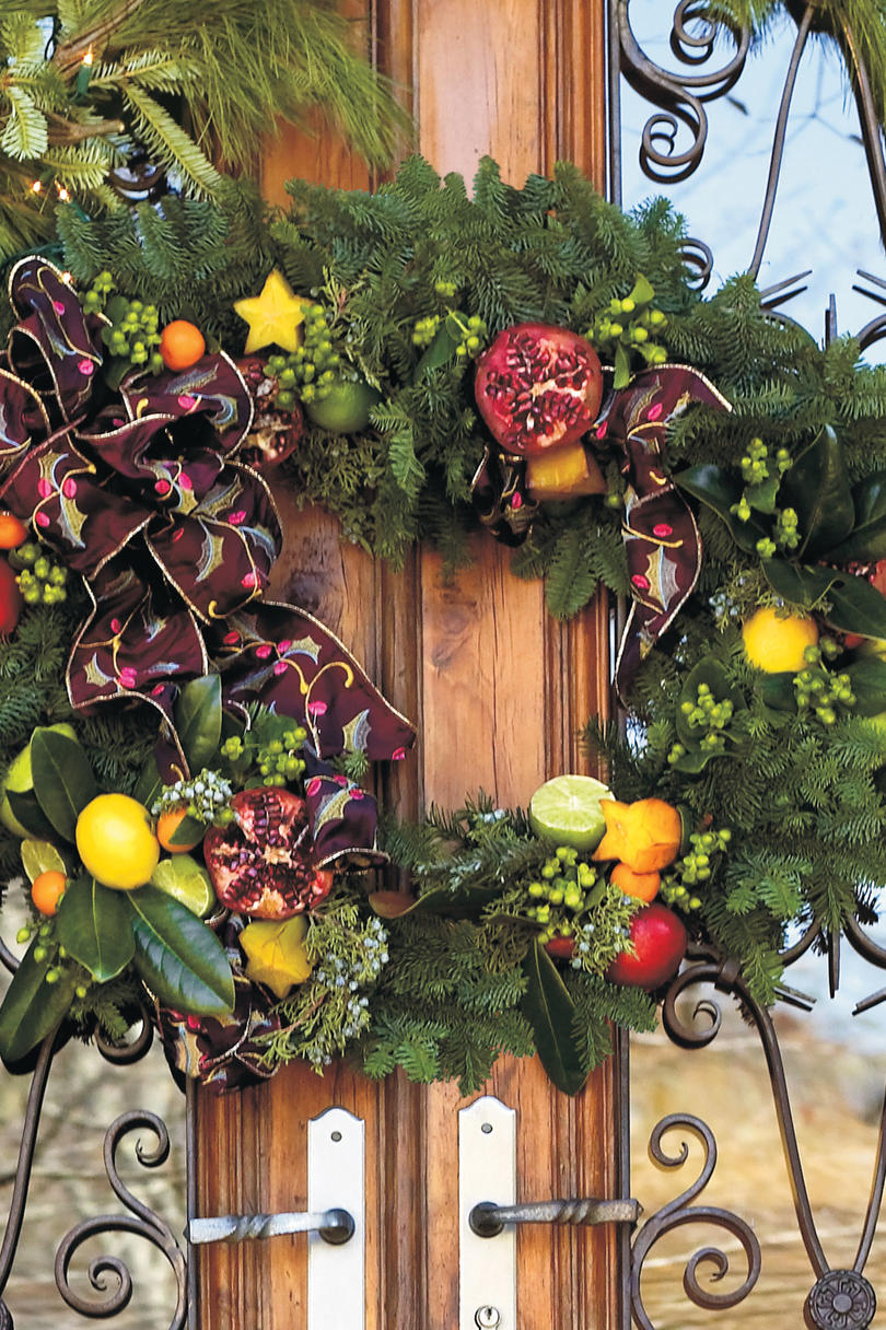 Fruit over the door christmas decoration - Christmas Decorating Ideas Two Piece Wreath