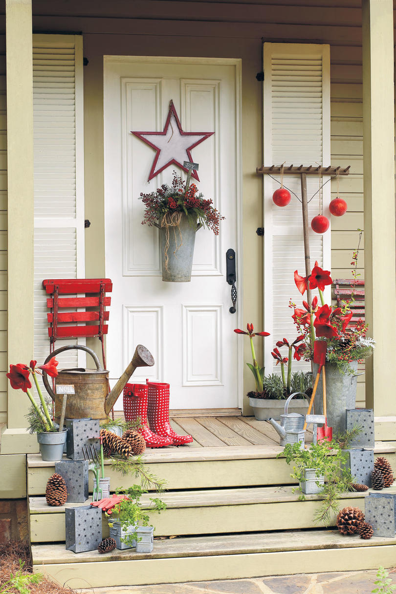 Delightful Xmas Decoration Ideas Home Part - 14: Christmas Decorating Ideas: Garden-Inspired Greeting
