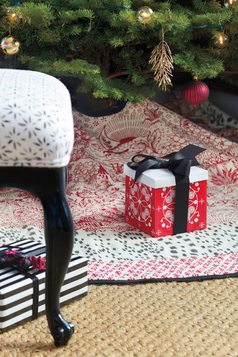 christmas decorating ideas tree skirt