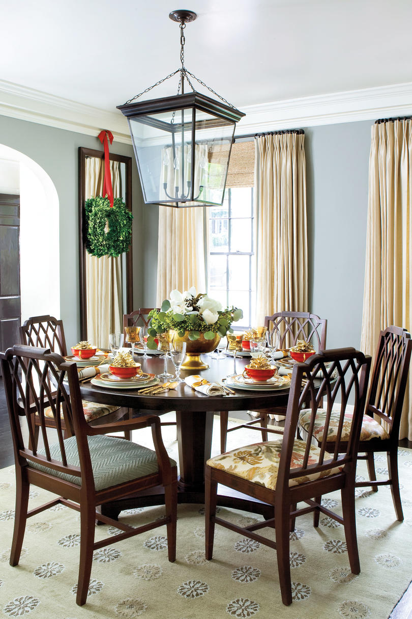 Christmas decorating ideas for dining room table