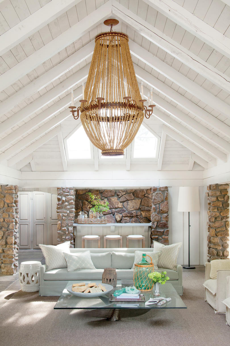 Decorating A Living Room Wallpaper: Lake House Decorating Ideas