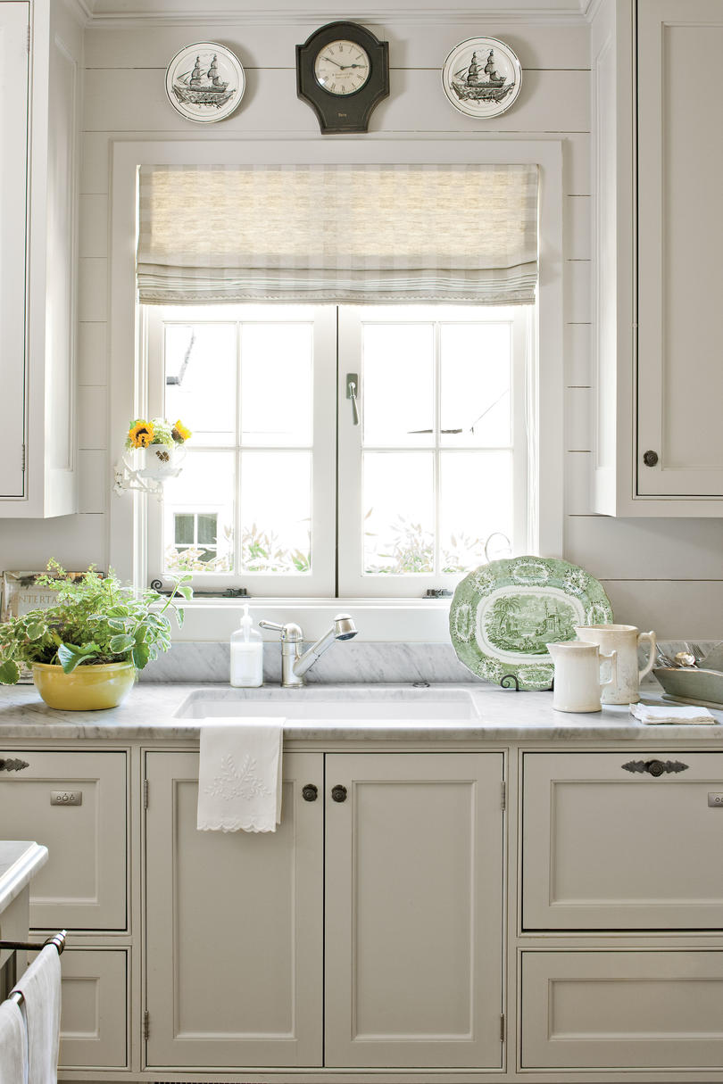tiny kitchens you ll love rh southernliving com small country kitchens pictures small country kitchens with white cabinets