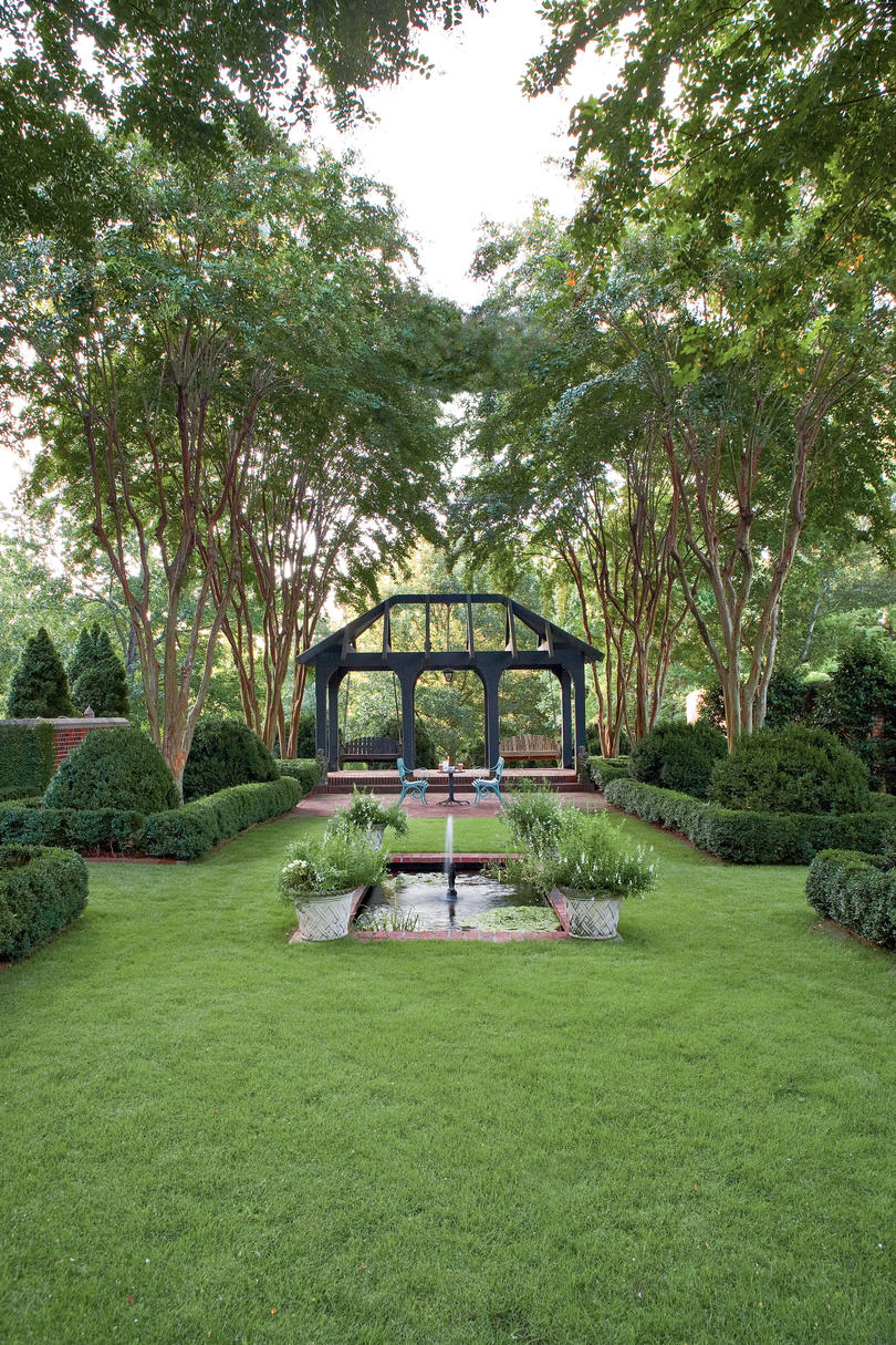 Landscape Designs Good Bones Make Great Gardens Southern Living