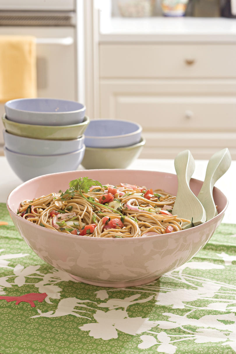 Easy Pasta Recipes: Tomato-Herb Pasta