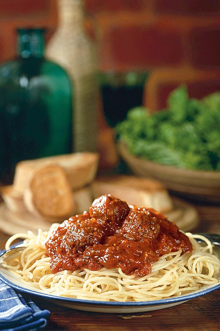 Easy Pasta Recipes: Country-Style Spaghetti