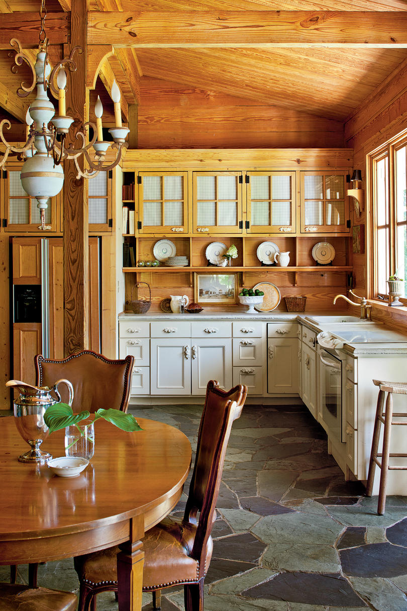 Rustic Shiplap Kitchen