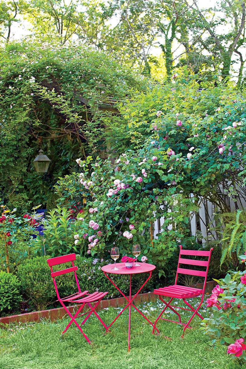 Pink Outdoor Garden Dining Table