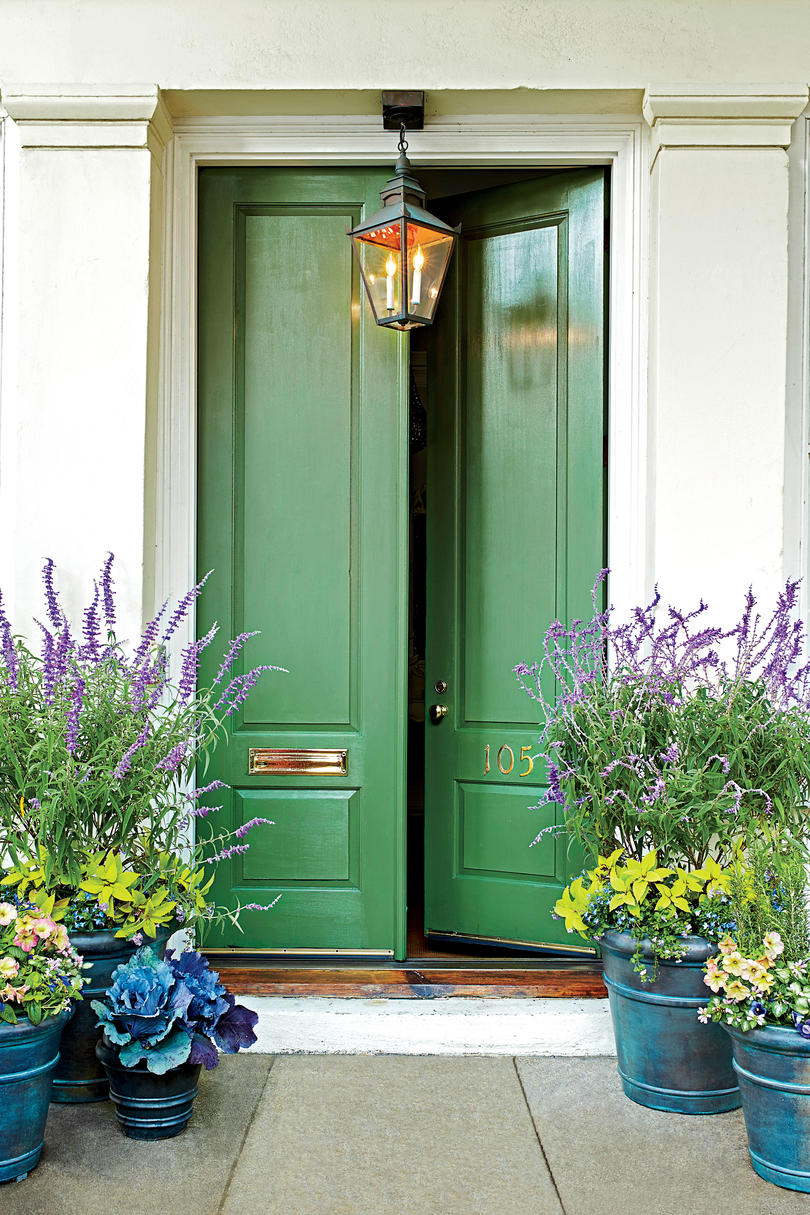Excellent 19 Bold Front Door Colors Southern Living Door Handles Collection Olytizonderlifede