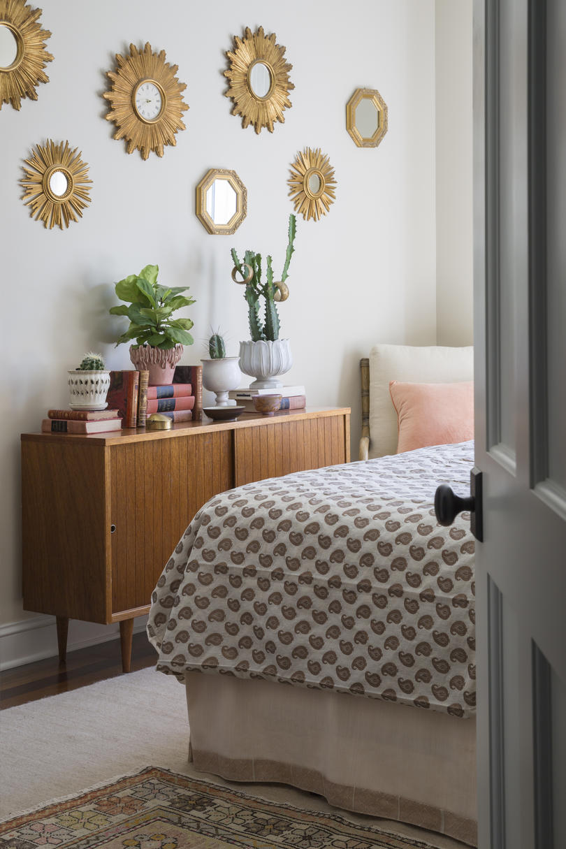Layers in the King Guestroom