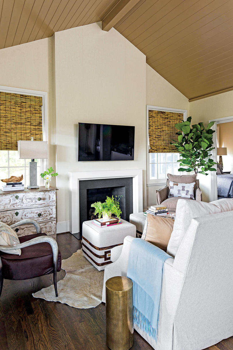Living Room Brown Vaulted Ceiling