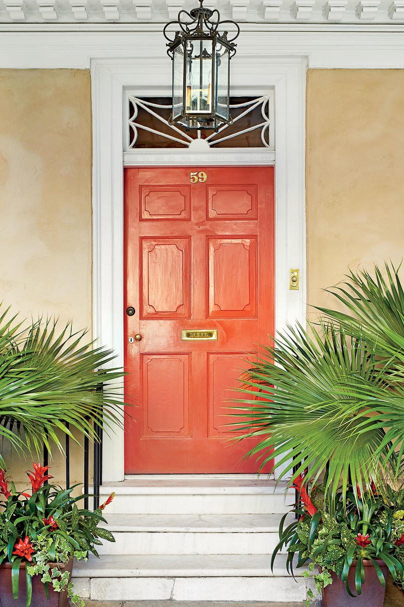 Charmant Charleston Tomato Red Front Door