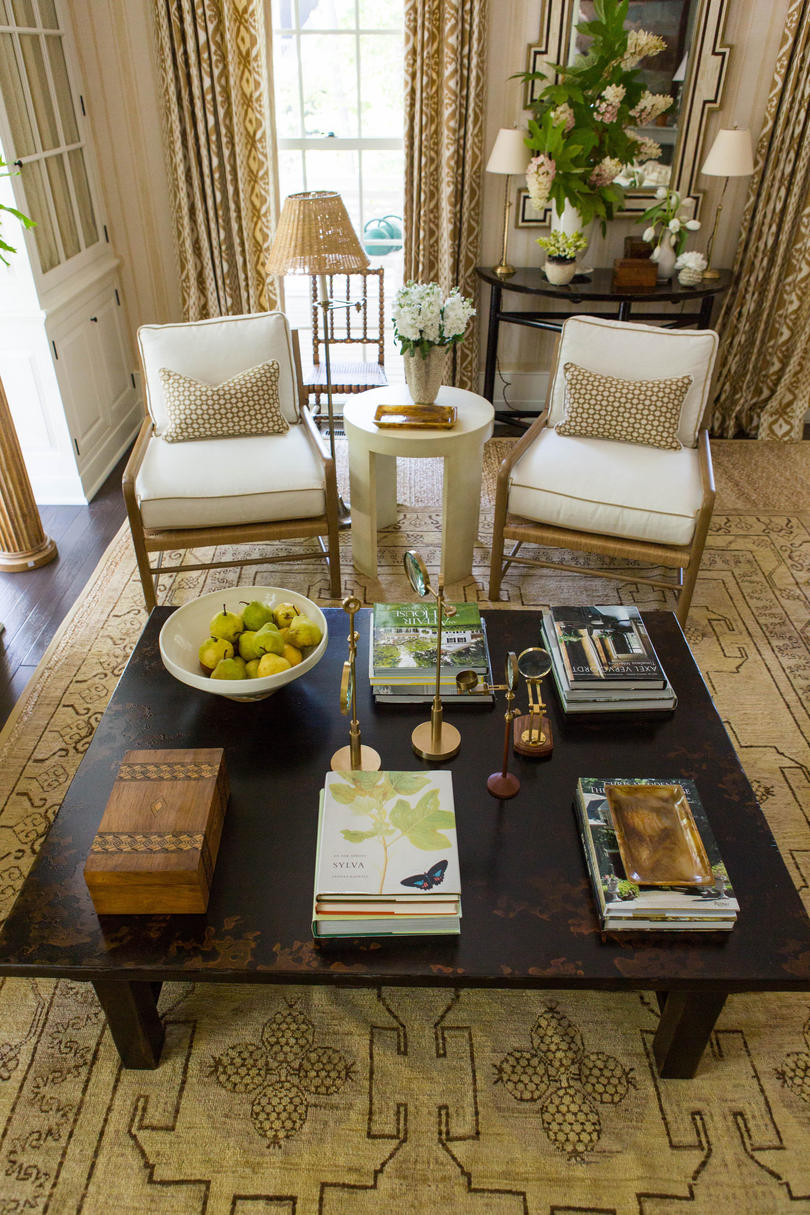 Idea house living room by mark d sikes southern living - Pictures of coffee tables in living rooms ...