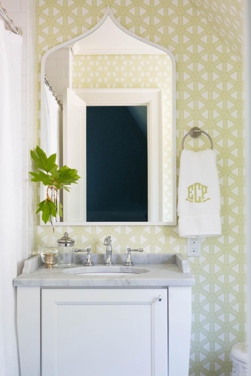 Make a Splash with Wallpaper