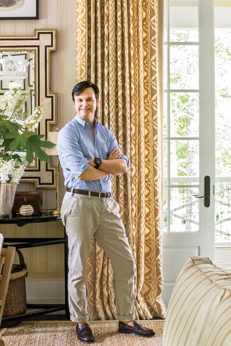 The 2016 idea house southern living for Mark d sikes living room