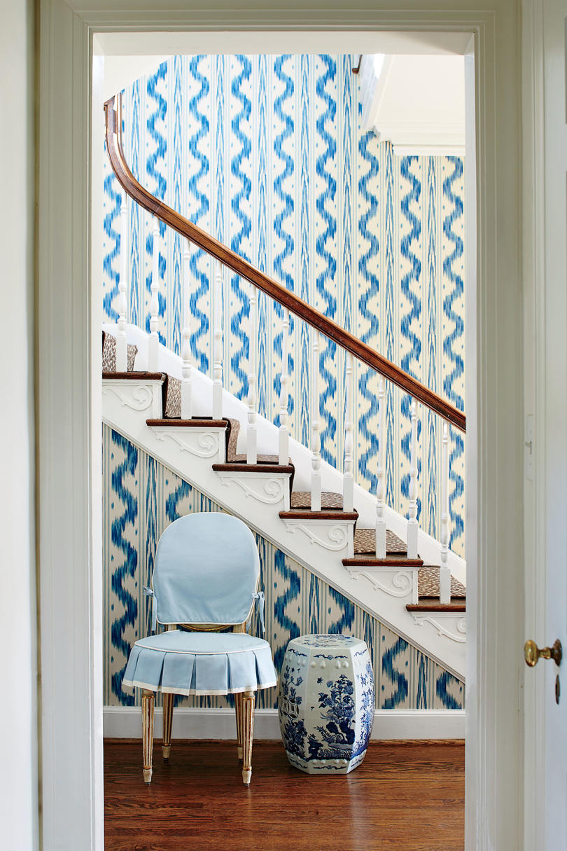 Blue and White Foyer Wallpaper