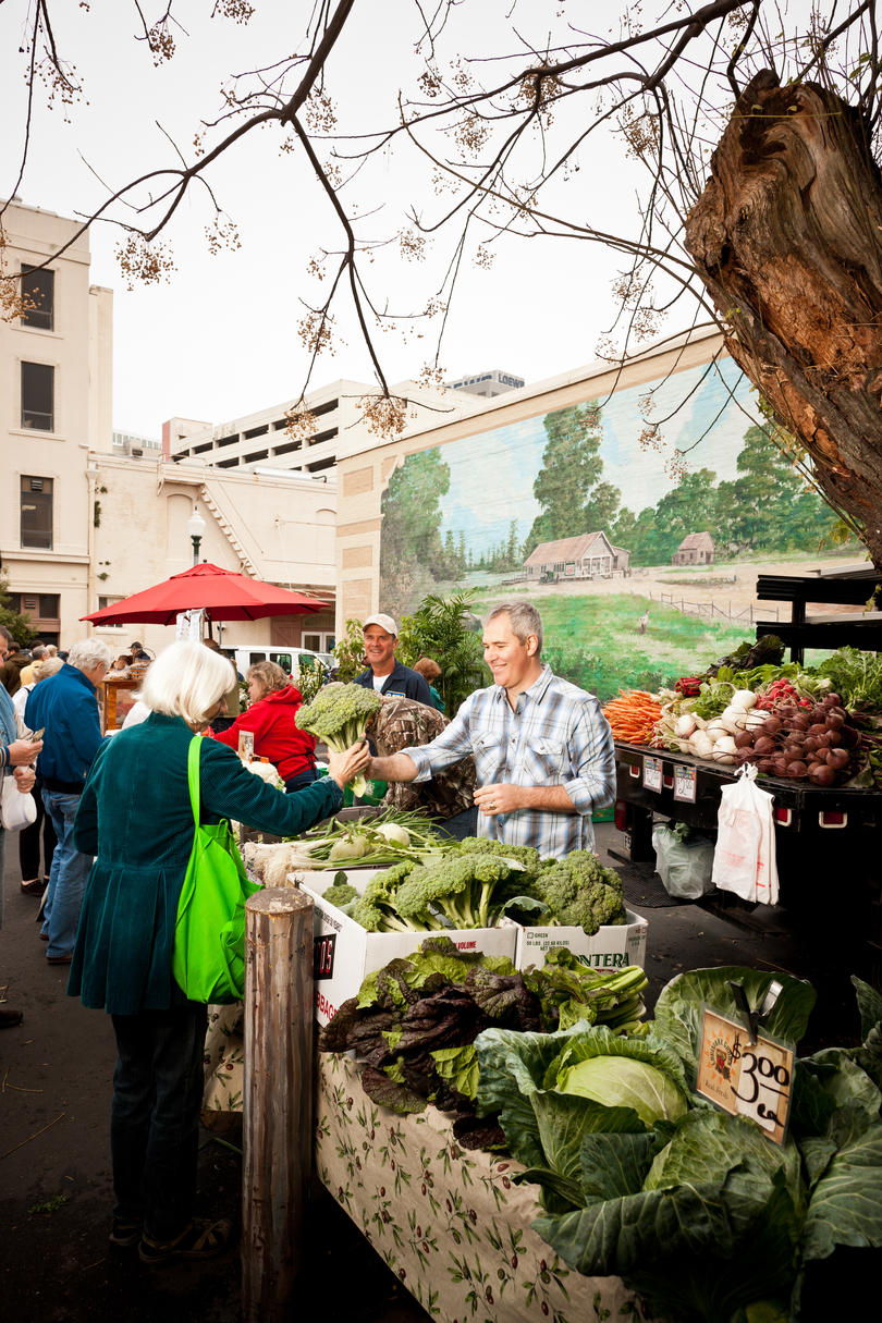 Crescent City Farmers Market in New Orleans