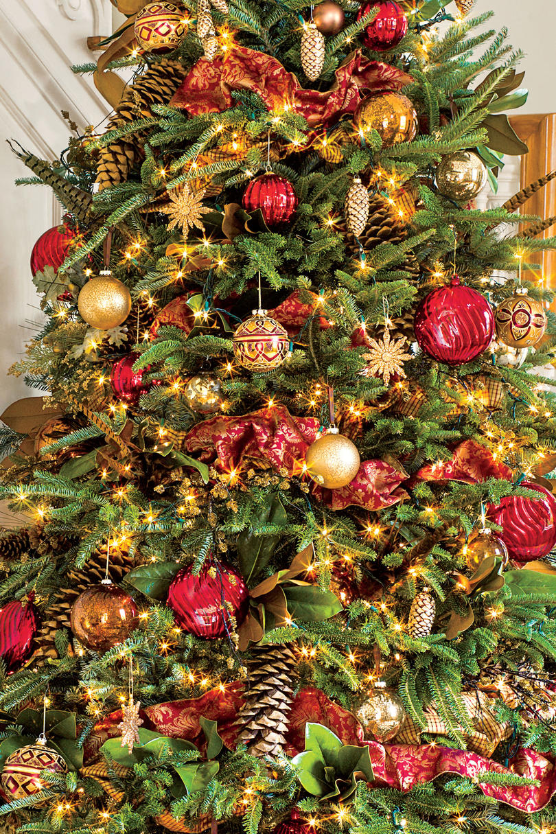 Christmas Tree with Gold Feathers and Pinecones