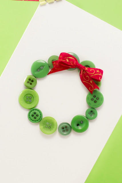 Button Wreath Christmas Card