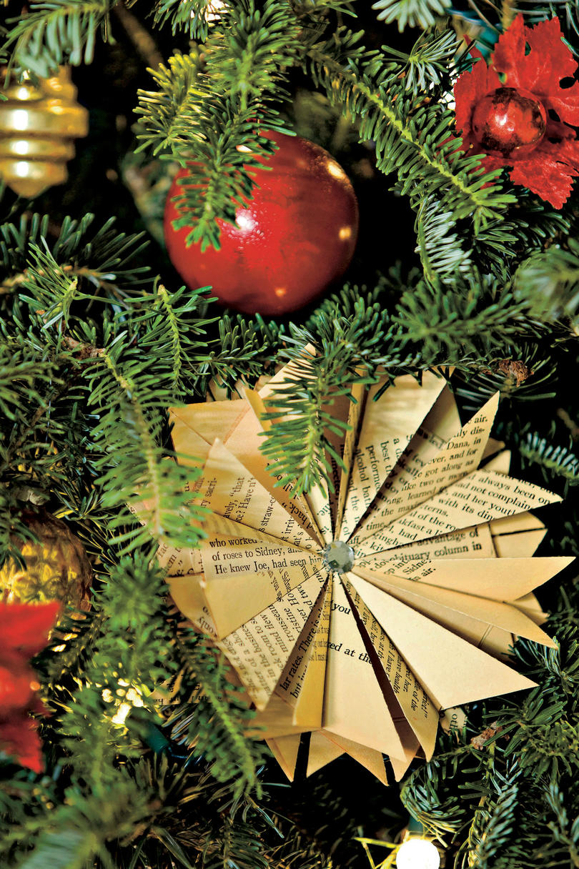 Poinsettia Origami Christmas Ornaments