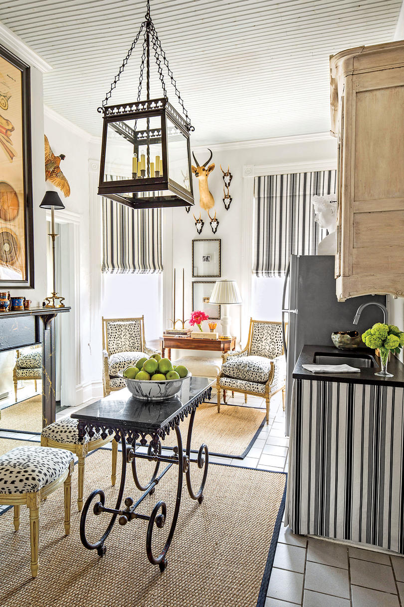 Black and White Dining Area