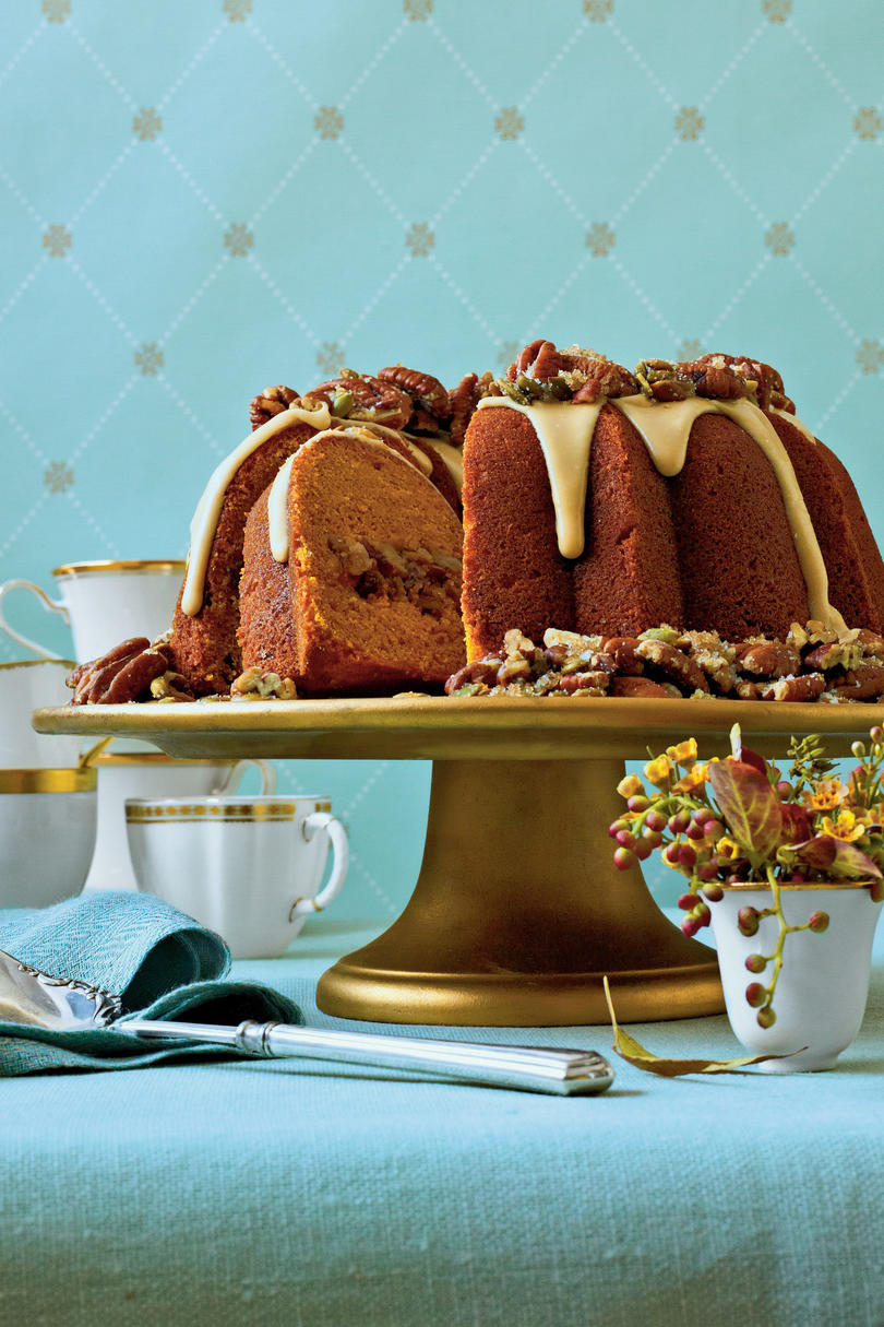 Cranberry-Apple Pumpkin Bundt