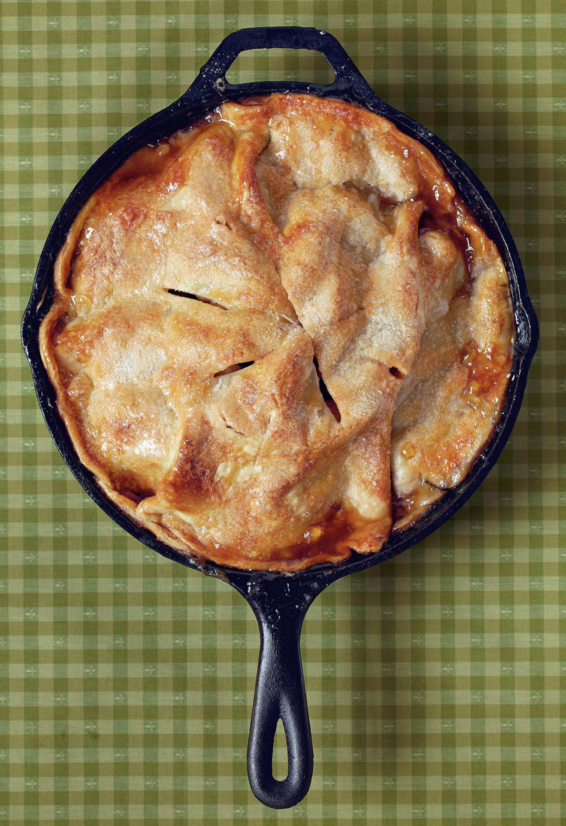 Thanksgiving Skillet Dishes Apple Pie