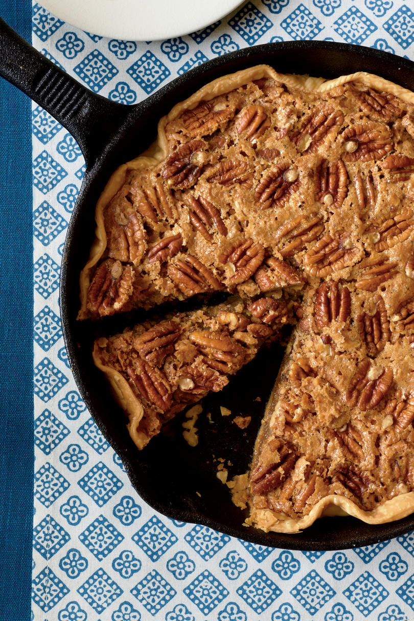 Thanksgiving Skillet Dishes Pecan Pie