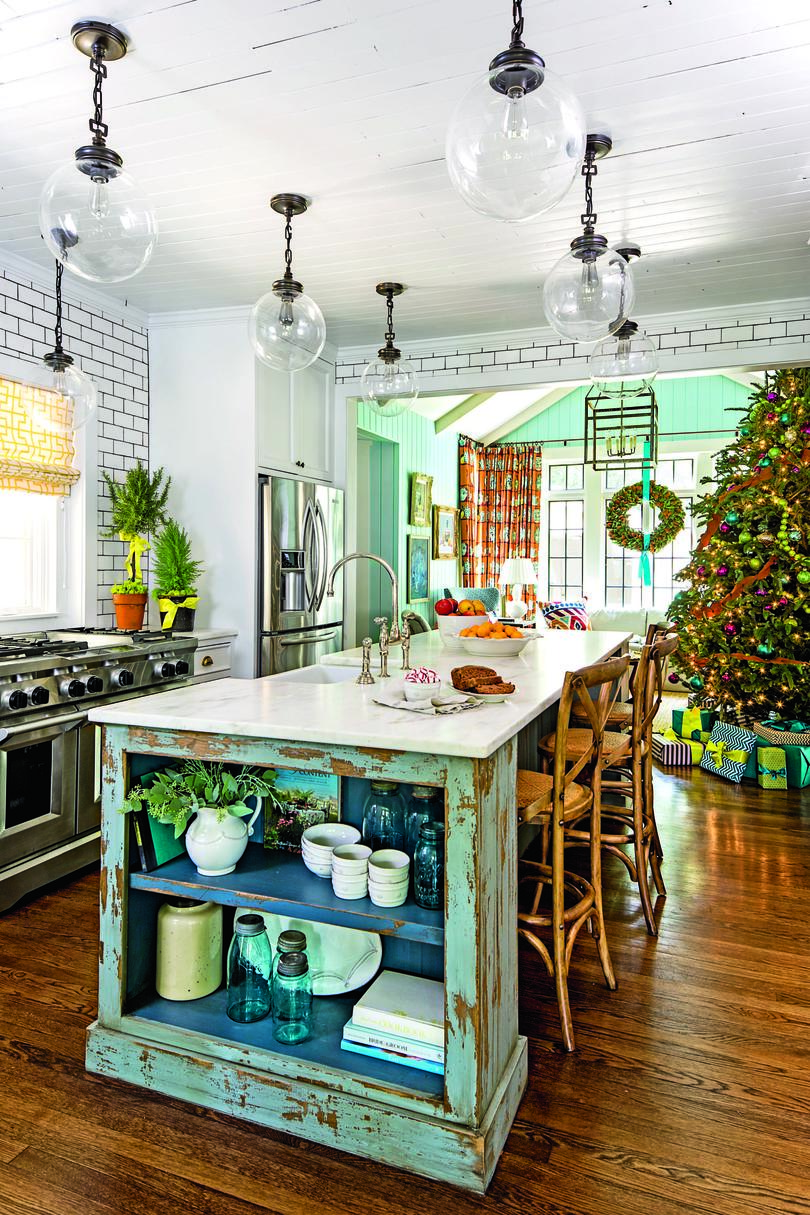 kitchen island decorating our favorite kitchens southern living 1893
