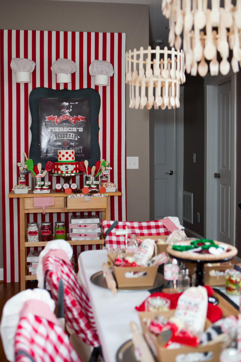 Creative Kids' Birthday Party Pizza Party 2