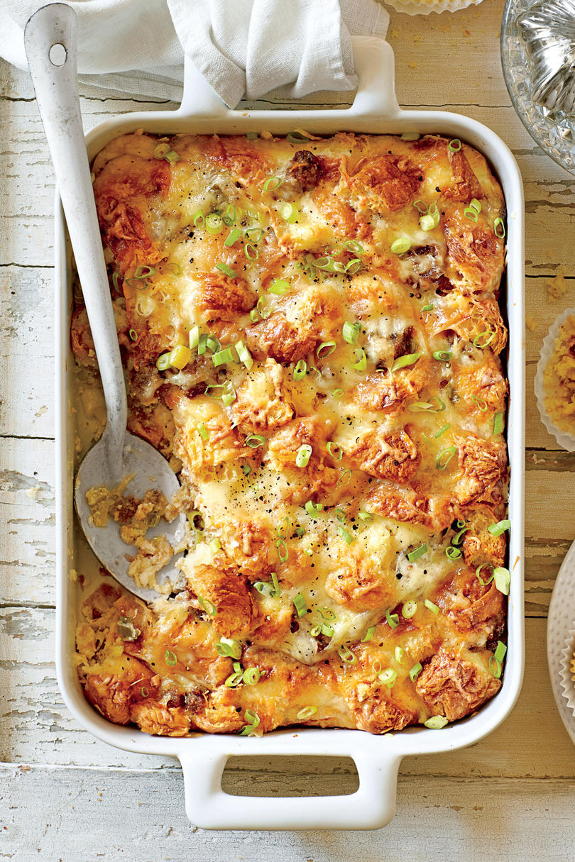 Brunch for a Crowd Cheesy Sausage-and-Croissant Casserole