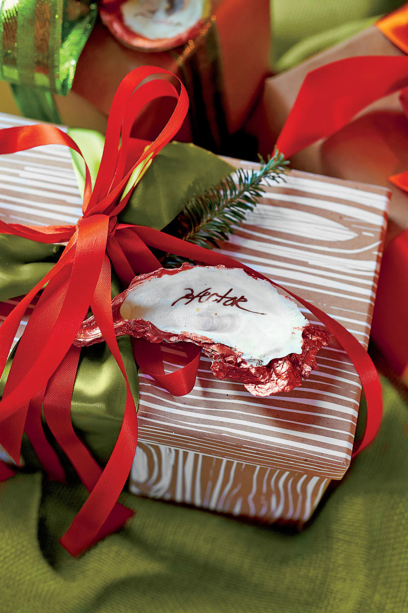 Stylish gift wrapping ideas southern living oyster shell gift tags negle Image collections