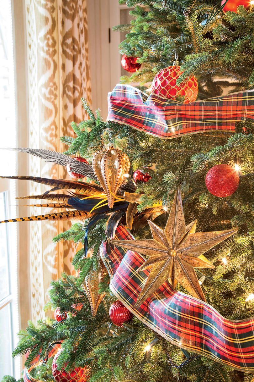 Gold Trimmings on Tree