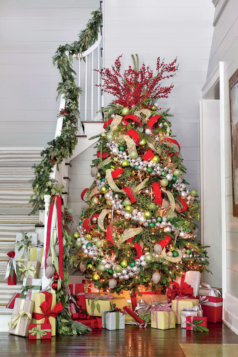 Christmas tree decorating ideas southern living red silver green holiday palette publicscrutiny Image collections