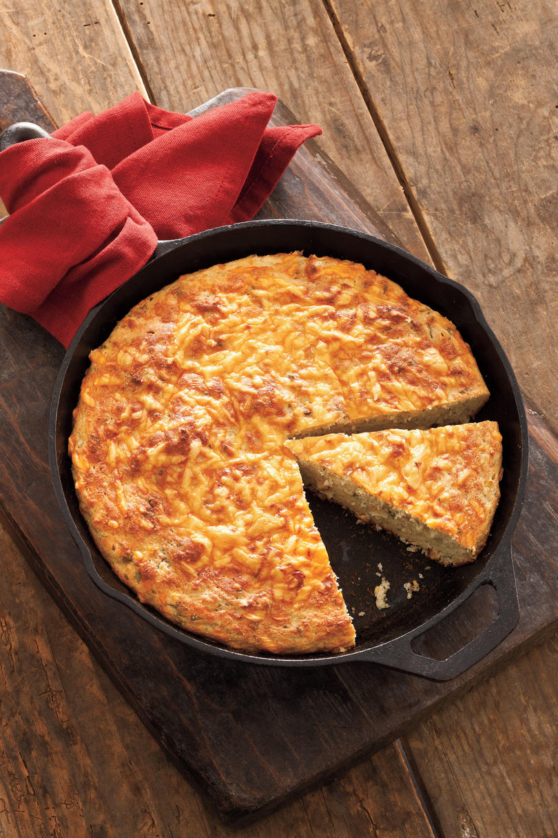 Thanksgiving Skillet Dishes Sour Cream Cornbread