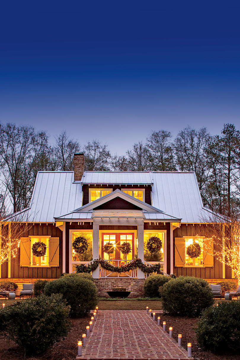 This cottage is 2000 square feet of holiday cheer for Lake house plans under 2000 square feet