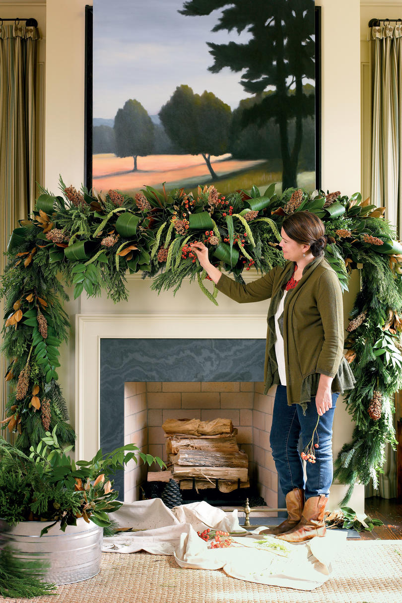 lush mantel swag - Pictures Of Mantels Decorated For Christmas