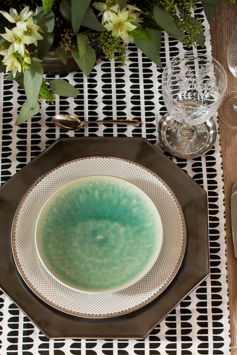 Octagonal Pewter Chargers & Christmas Table Setting - Southern Living