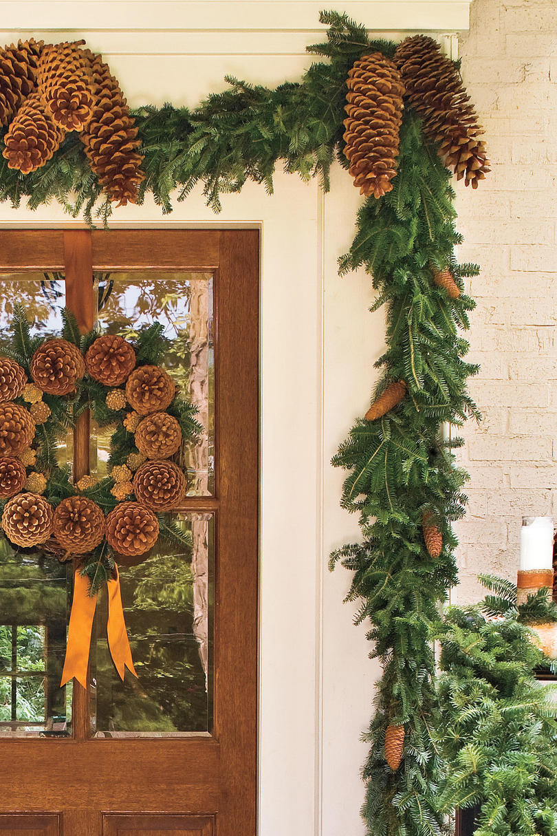 Lush Pine Garland & Spectacular Holiday Entry and Christmas Door Decorations ... pezcame.com