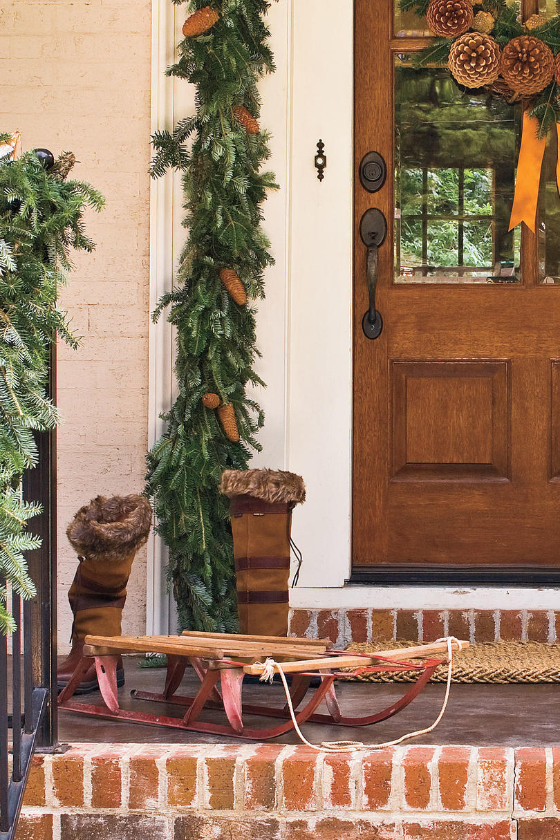 Spectacular Holiday Front Door Decorations - Southern Living